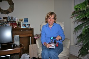Susan opening her mp3 player