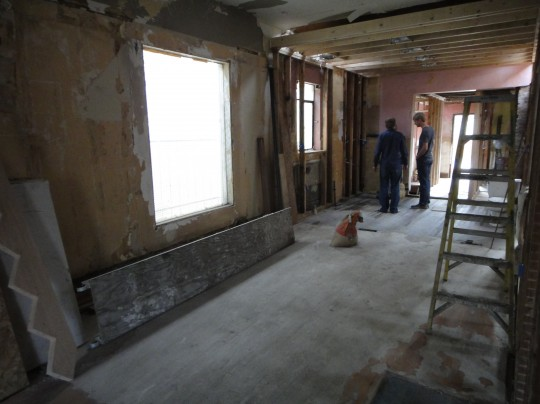 Inside the house: future eating area and kitchen.